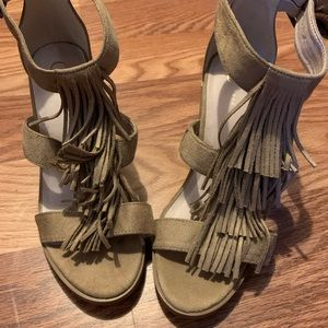 New without tags! Women's sandals